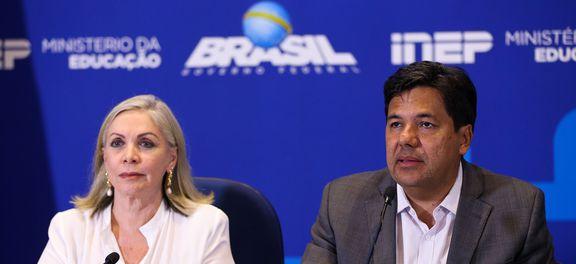 Brasília - A presidente do Inep, Maria Inês Fini, e o ministro da Educação, Mendonça Filho, fazem balanço do segundo dia de provas do Exame Nacional do Ensino Médio (Enem) de 2017 (Marcelo Camargo/Agência Brasil)