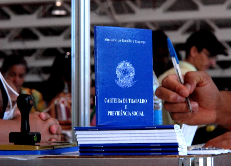 carteira_de_trabalho_-_marcello_casal_jr